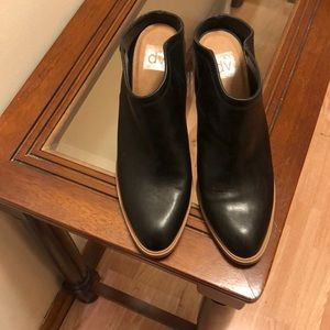 Women preowned Black Slip ons Shoes Size 11